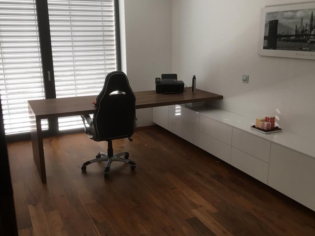Notranja oprema za pisarne in druge poslovne prostore po meri - product image