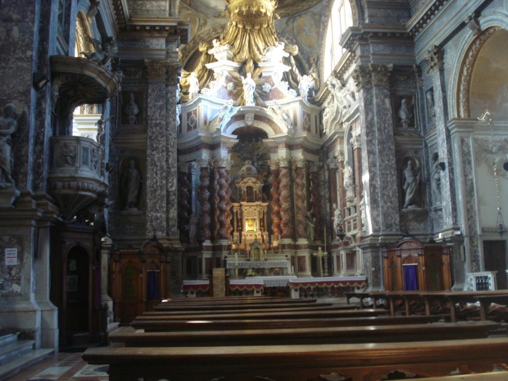 Cerkev Sv. Marije iz Nazareta ( Cerkev bosonogih ) - product image